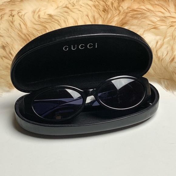 4b82fb1831c Gucci Accessories - Gucci Vintage Sunglasses GG 2196 S Black with Case